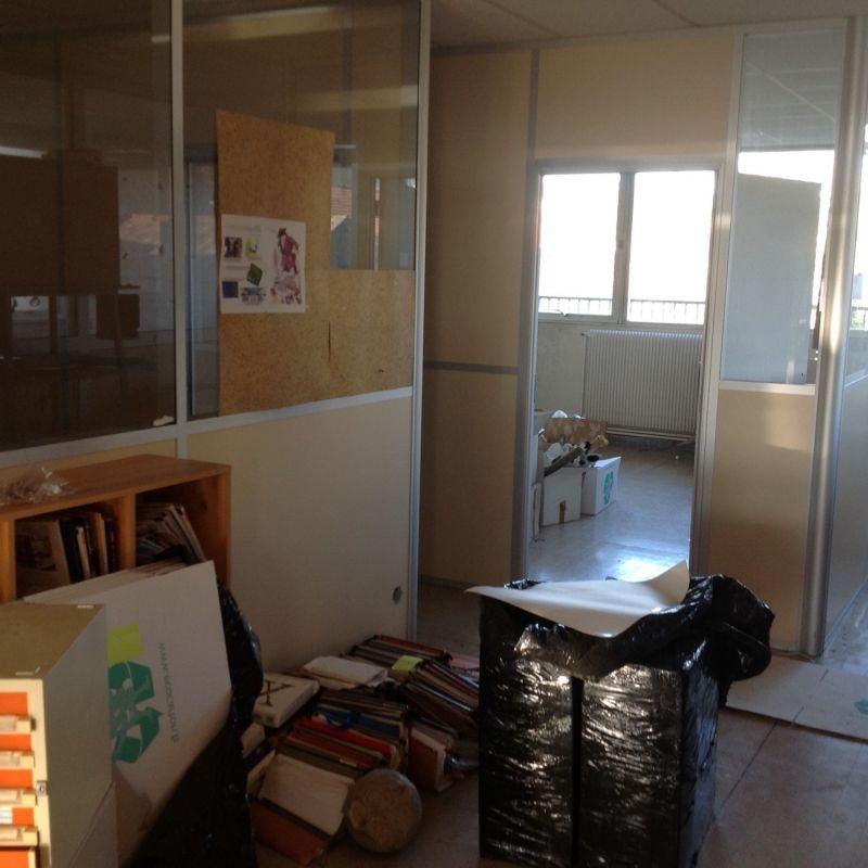 d barras de bureaux avec mobilier marseille et dans le 13 paca recyclage. Black Bedroom Furniture Sets. Home Design Ideas