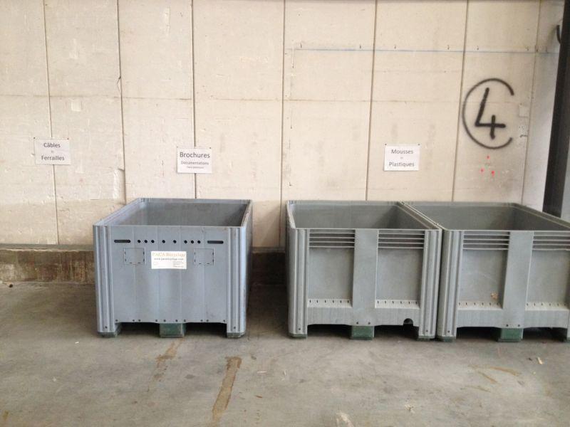 location de bacs et poubelles de bureaux d 39 aix en provence arles paca recyclage. Black Bedroom Furniture Sets. Home Design Ideas